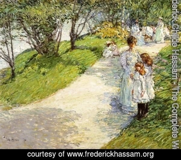 Frederick Childe Hassam - Promenaders in the garden